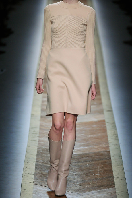 Valentino-Wool-and-cashmere-blend-dress-1