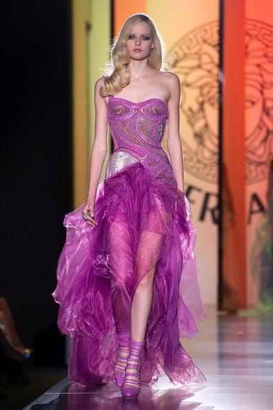 Versace+Show+Paris+Fashion+Week+Haute+Couture+Y3xzXqcqJPSl