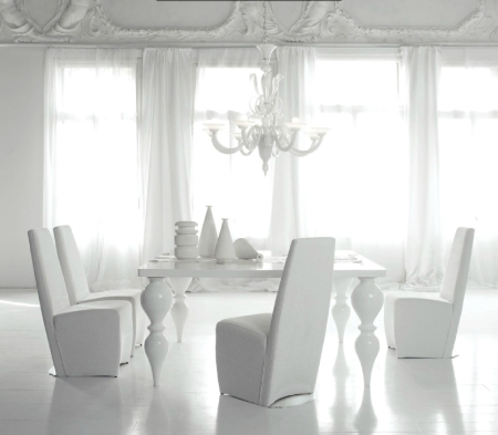 dining_table_luis_03